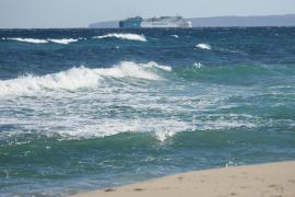 La Aemet activa la alerta amarilla en las Pitiusas por fuertes vientos y olas