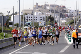 Cortes de tráfico por la prueba Passeig a Passeig en la vía de Ibiza a Santa Eulària