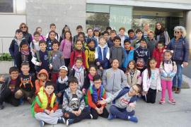 Alumnes del Col·legi Sant Salvador varen viisitra Grup Serra i Endesa