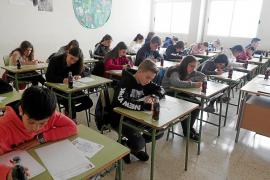 Más de 200 alumnos participan en el concurso de relato breve de Coca-Cola