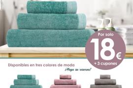 Estupenda colección de toallas firmadas por Naf Naf con Periódico de Ibiza y Formentera