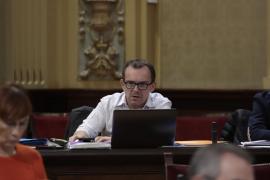 Aguilera denuncia ante Inspección de Trabajo las condiciones en las que ejerce como diputado