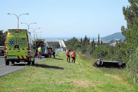 El joven italiano que sufrió un espectacular vuelco en Sant Antoni continúa grave