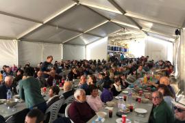 425 personas celebran una comida con la Cooperativa des Camp de Formentera