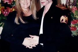 Los hijos de Michael Jackson son de un donante de semen