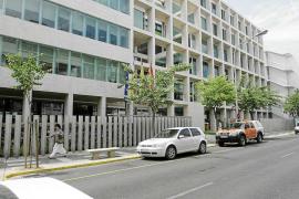 UGT apuesta por establecer la carrera profesional en las Pitiusas