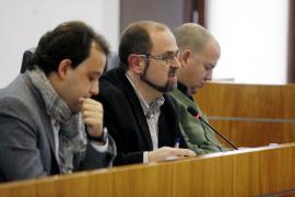 Vila reconoce obras de ampliación ilegales en la sede de la Asociación de Vecinos de Cas Serres