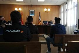 Once años de prisión para una banda de tironeros que atacaba a ancianas en Palma