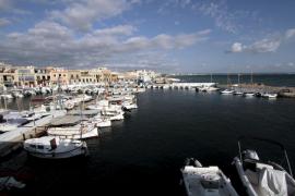 Los clubes náuticos de Baleares piden garantizar la supervivencia del Club del Molinar