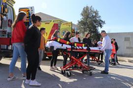 Alrededor de 850 alumnos participan en los maratones de seguridad del paciente
