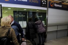 Spanair devolverá el dinero a quienes pagaron con transferencia o efectivo en agencias