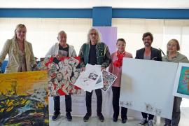 La Asociación Elena Torres recibe siete obras valoradas en 5.250 euros