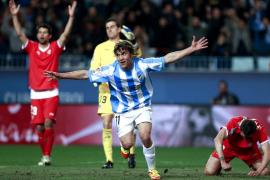 El Málaga gana duelo regional y toma aire en un partido espeso