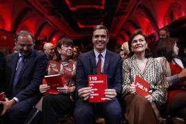 El PSOE promete ligar las pensiones al IPC y no derogará la reforma laboral ni el factor de sostenibilidad