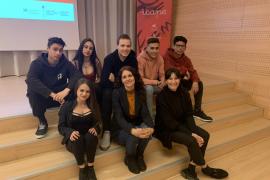 Alumnos de IES Sa Serra presentan un proyecto para los premios ICAPE