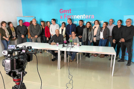 Prietas las filas en Formentera