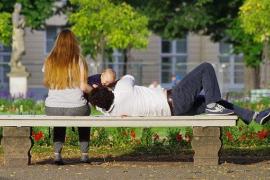 La ampliación de los permisos por paternidad a 8 semanas entra en vigor