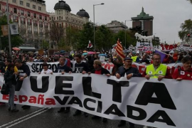 'La España vaciada' llena el centro de Madrid para reclamar medidas contra la despoblación rural