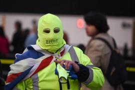 El Parlamento británico vota de nuevo este lunes sus opciones de Brexit en medio del caos