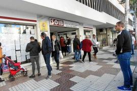 El paro baja un 0'8% en Ibiza frente a la subida del 1'9% en las Balears