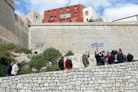 Las Pitiusas registran menos turistas en febrero frente al incremento en Balears