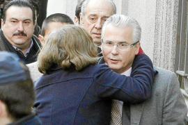 Garzón: «Investigué crímenes del franquismo porque son hechos delictivos y no políticos»