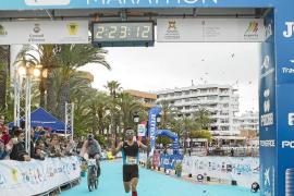 Anass Bourass manda en Ibiza