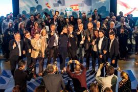 Pablo Casado anuncia en Ibiza que el PP suprimirá el impuesto turístico
