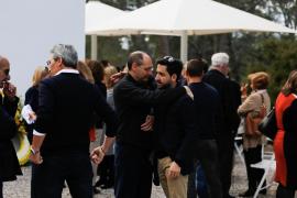 El funeral de Alonso Marí Calbet, en imágenes (Fotos: Arguiñe Escandón).