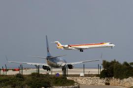 Air Nostrum debe operar hasta el 47% de vuelos nacionales y el 100% a las islas