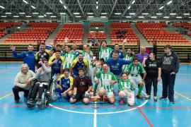El partido entre los integrantes de Addif y el Gasifred, en imágenes (Fotos: Marcelo Sastre).