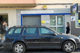Unos 400 alumnos de autoescuelas de Ibiza sufren una demora de un mes para examinarse