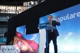 """Casado pide """"unir el voto"""" en torno a PP para que Sánchez no """"revalide"""" su """"acuerdo seguro"""" con independentistas"""
