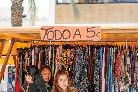 Mucha variedad en la Feria de 'stocks' de Santa Eulària