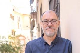 El escritor Pablo Aranda obtiene el III Premio Internacional de Cuento Las Dalias