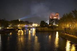 Tusk insta a los 28 a sumarse a la reconstrucción de Notre Dame y Tajani pide donativos a los eurodiputados