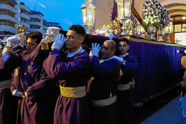 Fervor y pasión por la procesión más andaluza