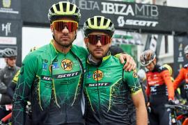 La primera jornada de la Vuelta a Ibiza, en imágenes (Fotos: M. Sastre / J. Izeta).