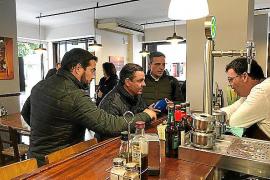 Jerez y Marí aseguran que con el Partido Popular «habrá menos impuestos y más dinero en el bolsillo de los españoles»
