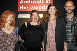 Toni Amengual presenta su 'Androids in the woods'