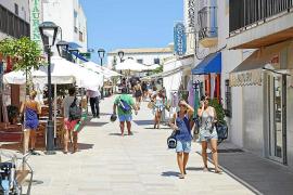 Crecen un 163 % las plazas turísticas en Formentera y un 17 % en Ibiza desde 2015