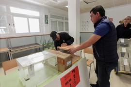 Baleares elige a sus diputados y senadores en unas elecciones marcadas por los indecisos