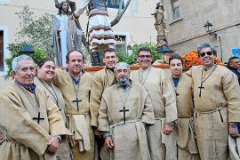 Multitudinaria procesión del Jueves Santo