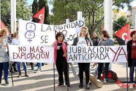 Los empresarios reclaman estabilidad y los sindicatos más políticas sociales