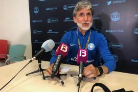 Alfaro: «Las instalaciones de fútbol de Ibiza y Formentera son de Tercera»