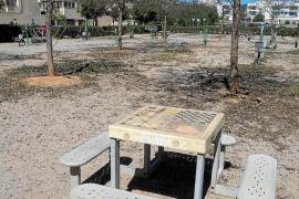 Los vecinos de Can Raspalls denuncian el «estado de abandono» del barrio