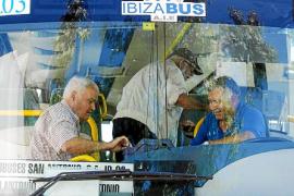 El servicio de transporte público pone en marcha las frecuencias y rutas de verano