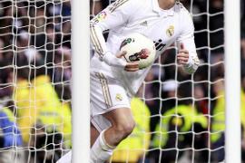 Cristiano asesta un golpe decisivo a la Liga