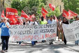 Más cerca de la huelga indefinida en la limpieza en Vila y Sant Antoni