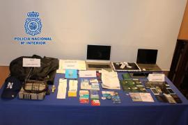 La Policía Nacional detiene a 23 personas por 'sextorsión' de usuarios de páginas de contactos